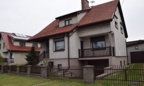 Na sprzedaż klimatyczny dom w Oleśnie!